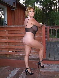 Cougars Milfs and wives 6