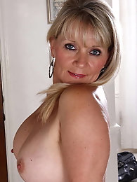 Aroused older whore likes a big cock so much
