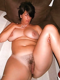 Superb mature gilf enjoys a huge cock very much