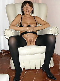 The Milf Mature and Gilfs Collection 233